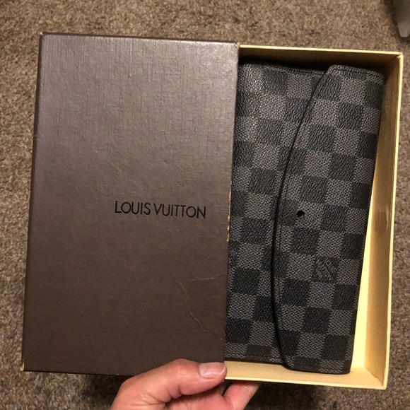 Louis Vuitton Handbags - Black Louis Vuitton wallet